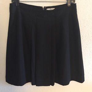 Black Drape Pleated Gap Skirt, Size 6